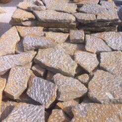 Pedra Esponteirada